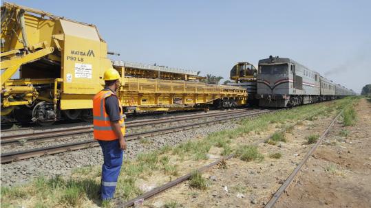 Rinnovamento-della-linea-Cairo-Aswan-1